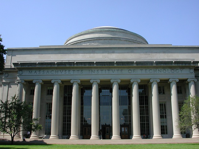 最高学府 MIT