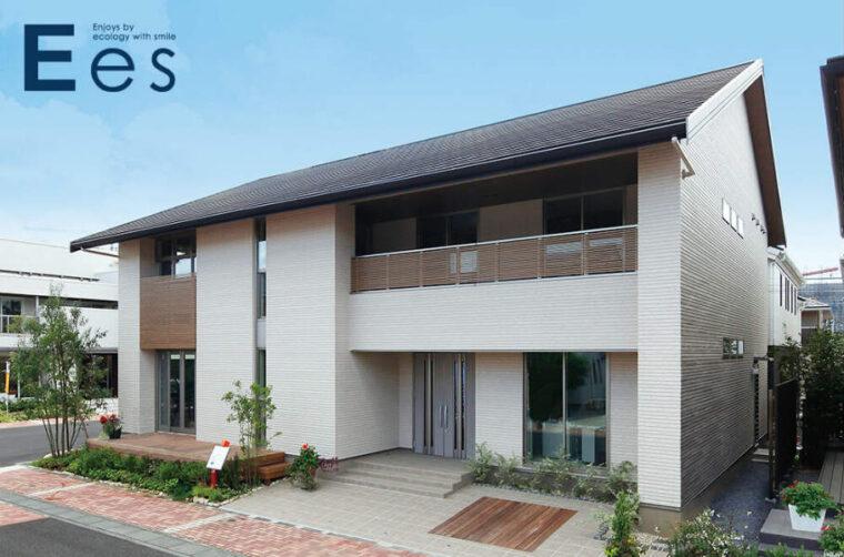自由設計の木造注文住宅「Ees」